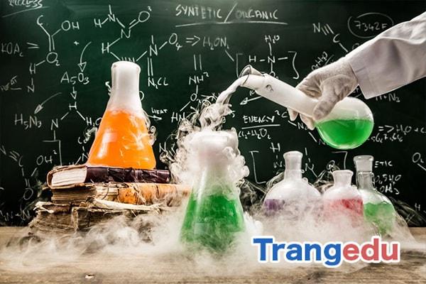 ngành hóa học